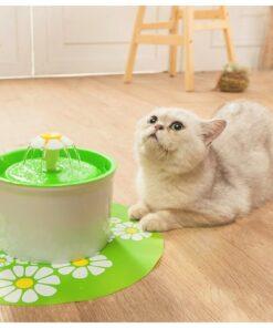 Trinkbrunnen für Katz. Trinkbrunnen für Hunde, Wasserspender für Haustiere,